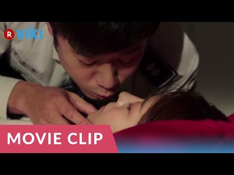 Life Risking Romance | Chun Jung Myung Touches Ha Ji Won's Breast? [Eng Sub] thumbnail