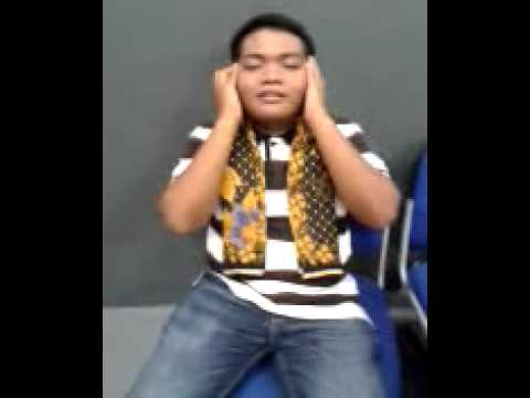 Malay boy singing Tamil songs