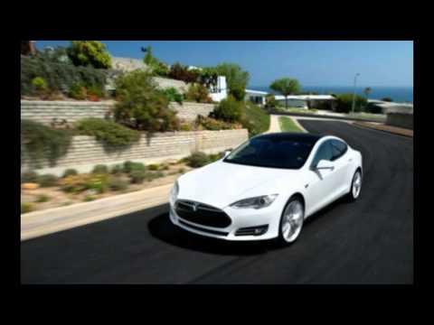 Tesla CEO Elon Musk Sparks Apple Car Rumors