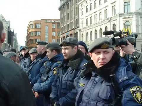 16.03.2005.Procession of Latvian Waffen SS legion in Riga. Arrest of anti-fascists.