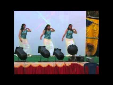 Anweshana Students Dancing To Shankar Mahadevan's Gananayakaya At Nruthyothsava 2012 video