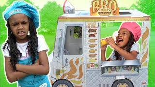Kids Pretend Play BBQ Truck Cooking Challenge!
