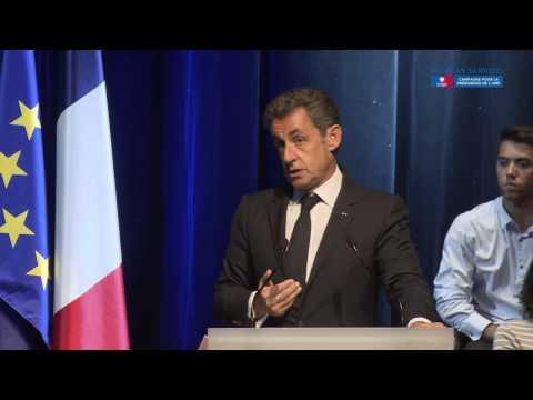 Nicolas Sarkozy en meeting à Toulon