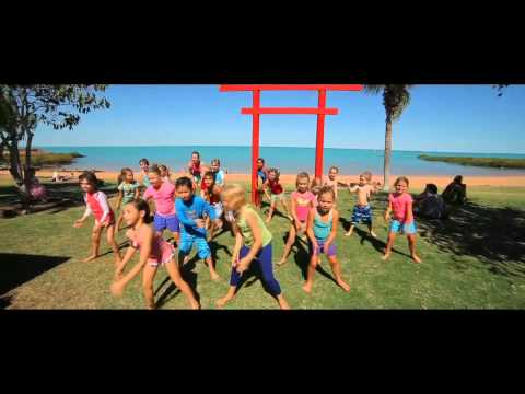 Pharrell Williams - Happy Broome
