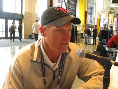 Cards coach Ken Whisenhunt discusses staying power of Ray Lewis