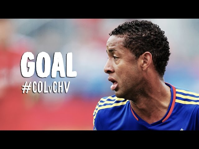 GOAL: Gabriel Torres curls a lovely shot over Kennedy | Colorado Rapids vs Chivas USA