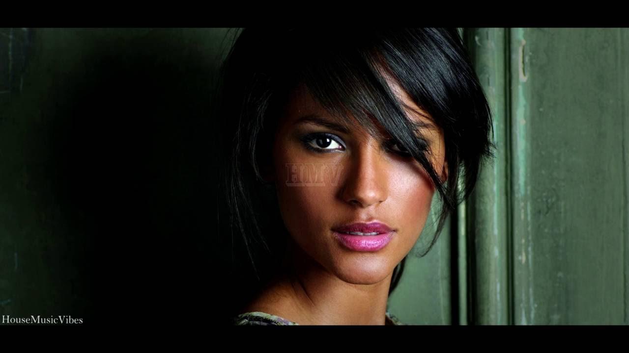 30 Black Models That Made Fashion History StyleCaster Black hair fashion models