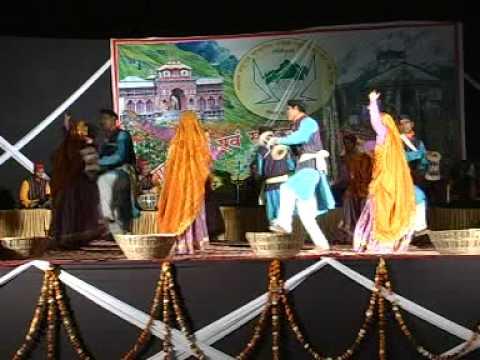 Garhwali holi geet sandhya mayur vihar 3 kumaoni lok geet by...