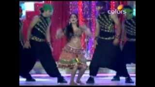 Shweta Tiwari & Ankita Lokhande's Sizzling Performance at The Eleventh Indian Telly Awards.