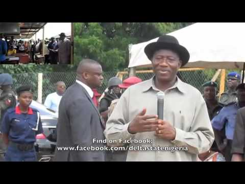 President Goodluck Jonathan Assures Flood Victims a Better Life After the Flood