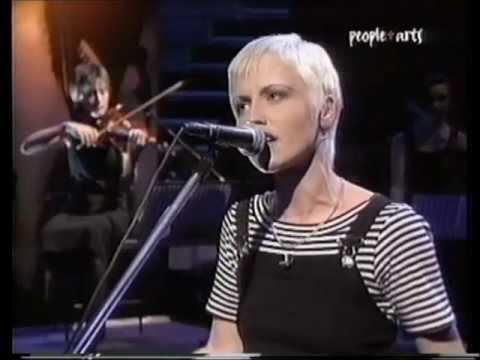Dolores Oriordan - Dreaming My Dreams