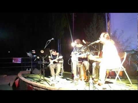 Territorio comanche. canción de amor a una portera de jurgol,cover.fiesta escula de musicos
