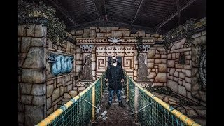 Abandoned Game Show   Lost In The Maze