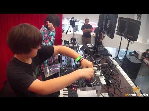 Pioneer DJ Kids (RMX1000 Demo) Sónar Festival By Day 2012