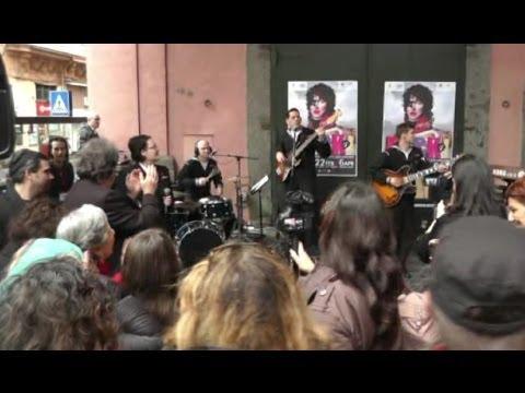 """Napoli – Mostra """"Rock!"""", spazio dedicato a Massimo Troisi (22.02.14)"""