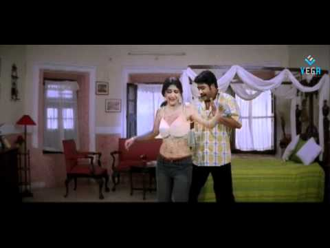 Simhadri Movie Scenes - Ankita Talking About Her Love For Jr.ntr - Bhumika Chawla video