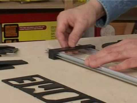 Wood routers how to make router templates for Router templates for signs