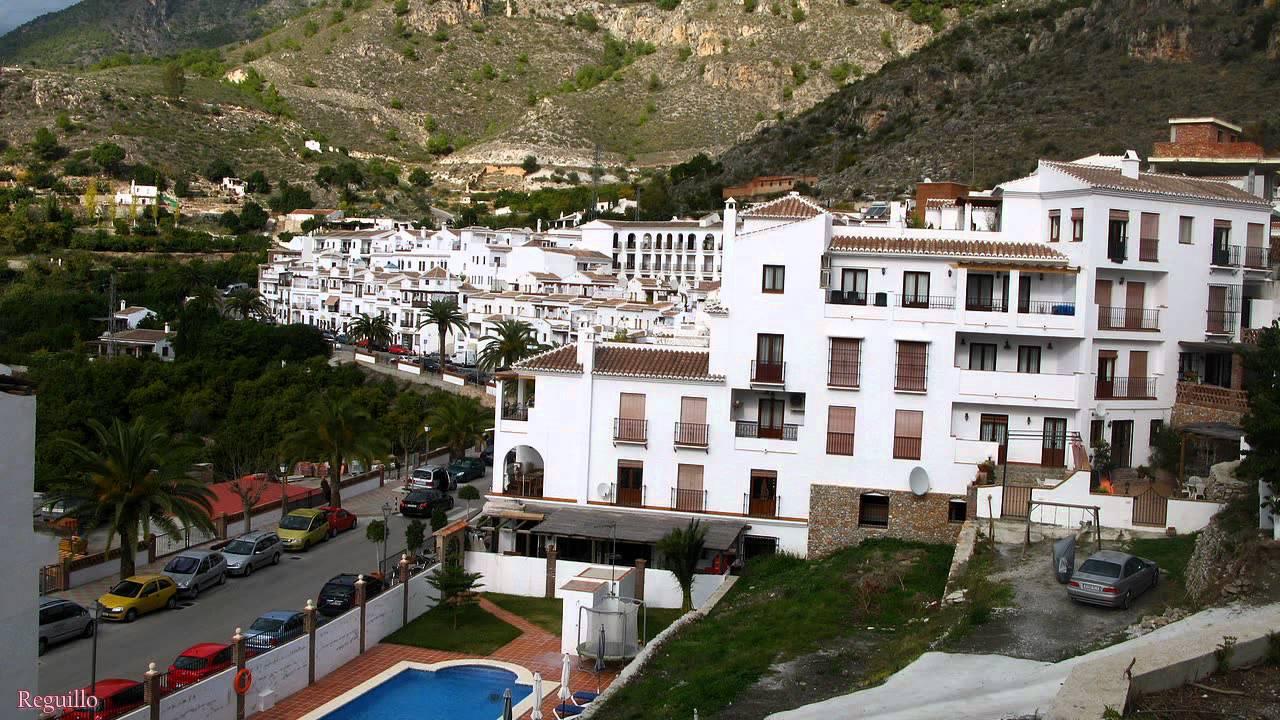 Fotos de frigiliana malaga andalucia youtube - Herreros en malaga ...