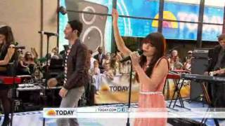 Owl City Carly Rae Jepsen Performs 34 Good Time 34 On Today Show