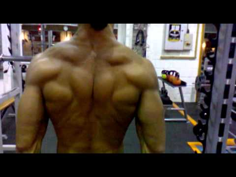Working the trapezius Natural Bodybuilding. - YouTube
