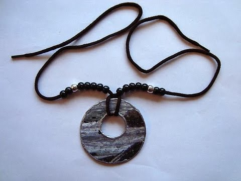 paper bead donut pendant how to diy jewelry making recycle cardboard youtube. Black Bedroom Furniture Sets. Home Design Ideas