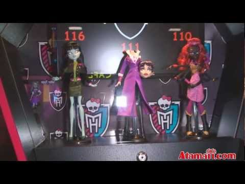 Monster High Prototype Dolls 2011 SDCC Monster High Doll Preview