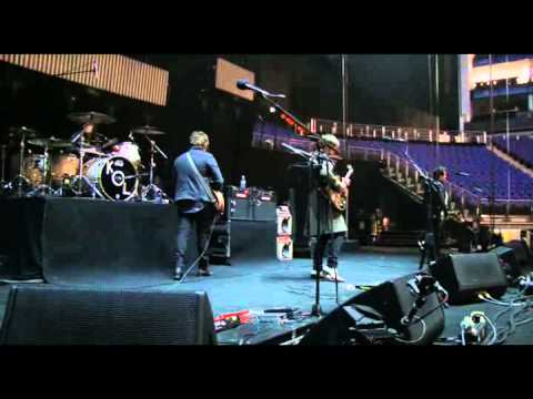 Kings Of Leon - Soundcheck At 02
