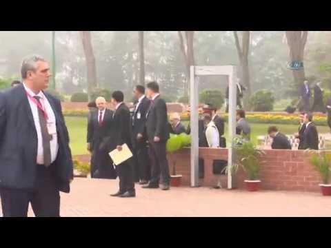 Başbakan Yıldırım, Bangladeş'te Ulusal Şehitler Anıtı'nı Ziyaret Etti