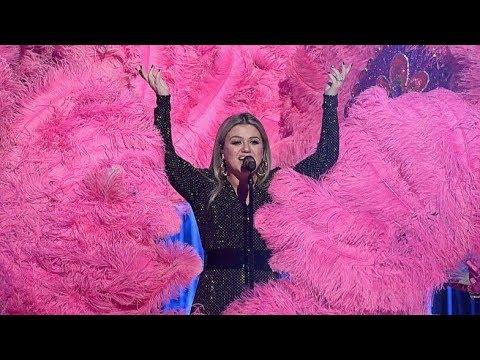 Kelly Clarkson   Billboard Music Awards Opening Medley Performance!