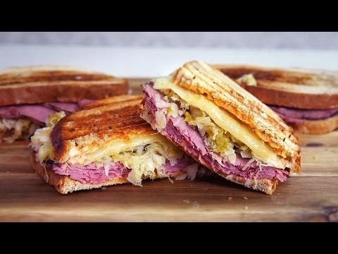 Сэндвич Рубен с русским соусом (американский рецепт)