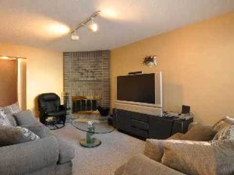 3 Bedroom + 3 Bathroom Home, Whitby Ontario - 4 Corral Court