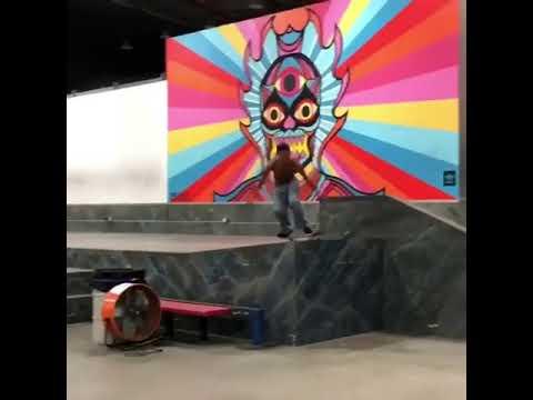 That catch is 🔥 @yungillie 🎥: @skatelifesupply   Shralpin Skateboarding