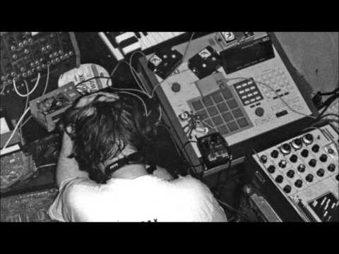 Aphex Twin - T69 Collapse