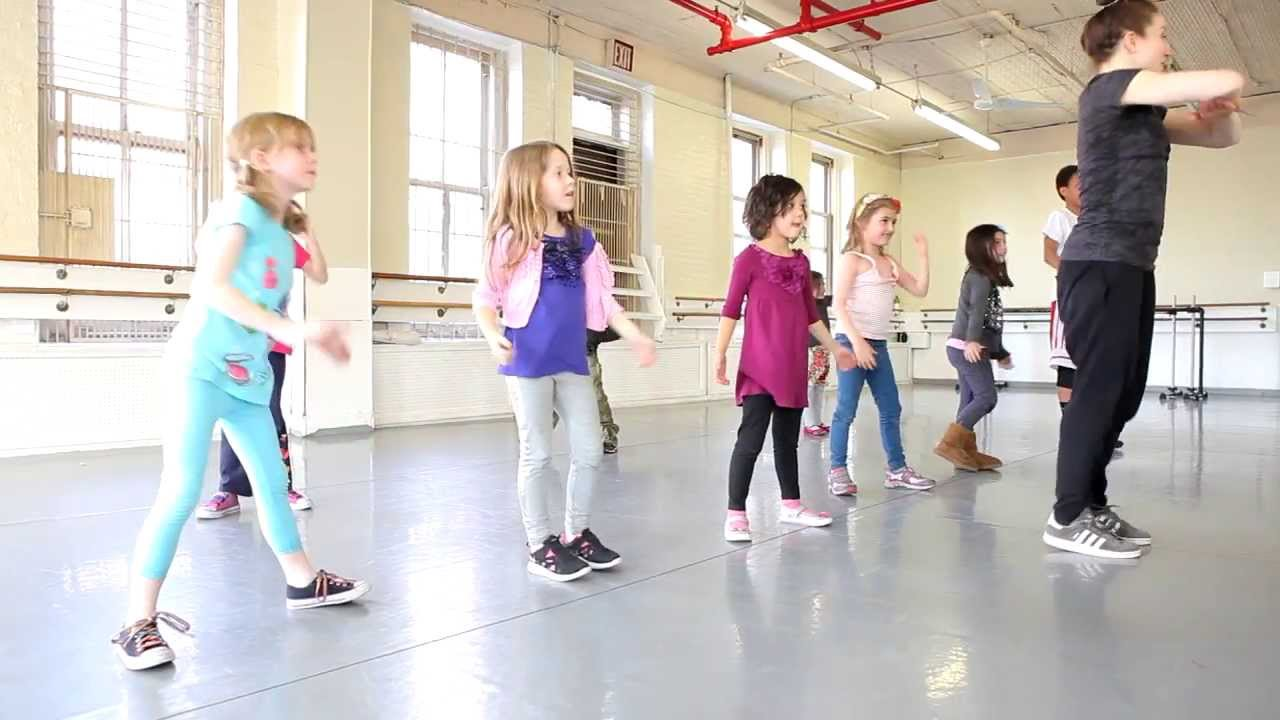 Kids' Hip-Hop Dance Class at the Joffrey Ballet School ...
