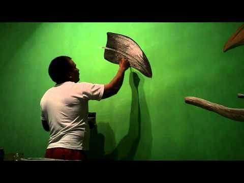 pintura decorativa a mão livre com o paulão.