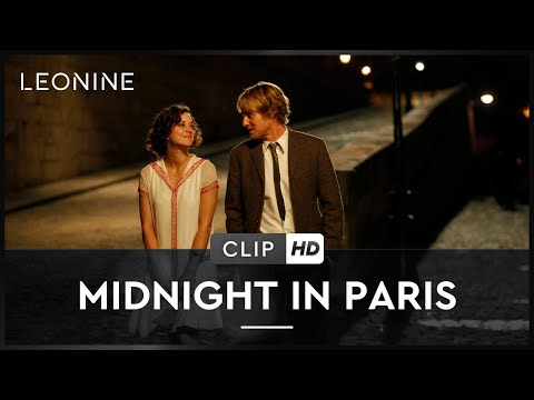 La DeLorean DMC-12 de Woody Allen , extrait de Minuit à Paris (2011)