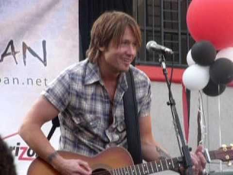 Keith Urban - Sweet Thing - Live @ Verizon Wireless Store Pasadena CA