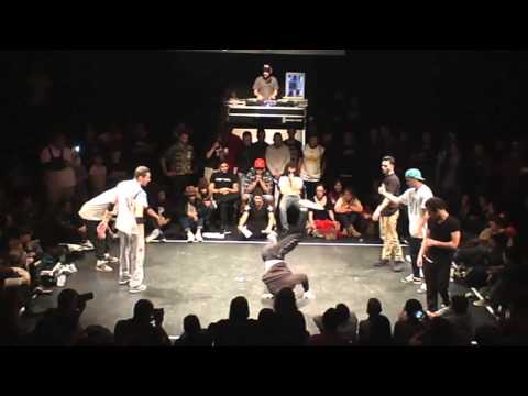 MELTING FORCE vs FRESH IT (HOTMILK BATTLE 2014) WWW.BBOYWORLD.COM