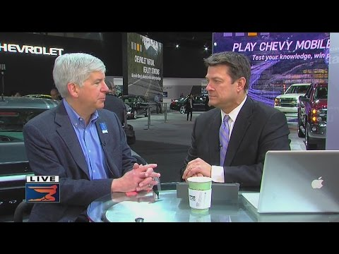 Governor Rick Snyder on auto show