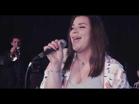 No Te Olvides Video Official - Monica Guzman