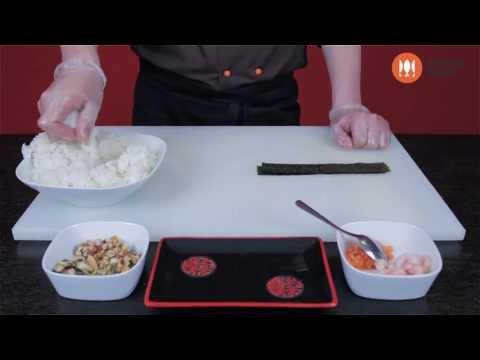 Как готовить суши. Приготовление суши. Суши шоп. / How to make simple sushi