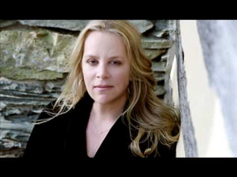 Mary Chapin Carpenter - This Is Love