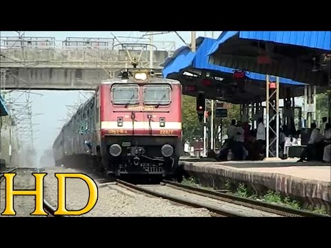 Santragachi Wap-4 Engine On A Rampage With 12152 Howrah -ltt Samarsata Express At Bhilai Power House video