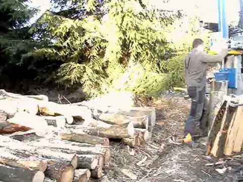 Binderberger H17 mit König Seilwinde im Polterholz Teil1