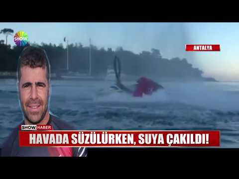 Havada süzülürken, suya çakıldı!