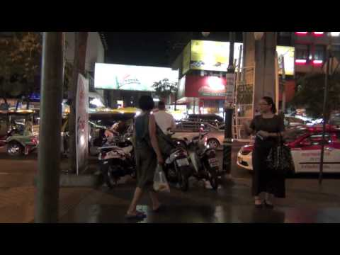 Preaching the gospel to Patpong Road (March 1, 2013)