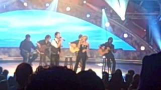 Carrie Underwood and David Cook Duet