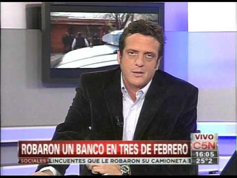 C5N - POLICIALES: ROBARON UN BANCO EN TRES DE FEBRERO