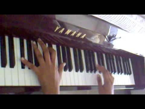 Munbe Vaa - Sillendru Oru Kadhal -Tamil Song on Piano by Yamuna...