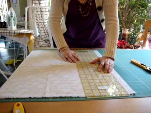 Quilting patchwork cortando la tela paso dos youtube - Colchas cuna patchwork ...